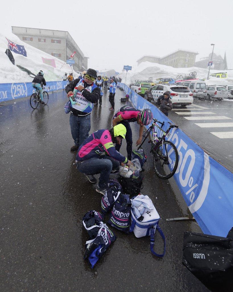 Giro-D-Italia-Stilfser-05272014-0627-DxO.jpg