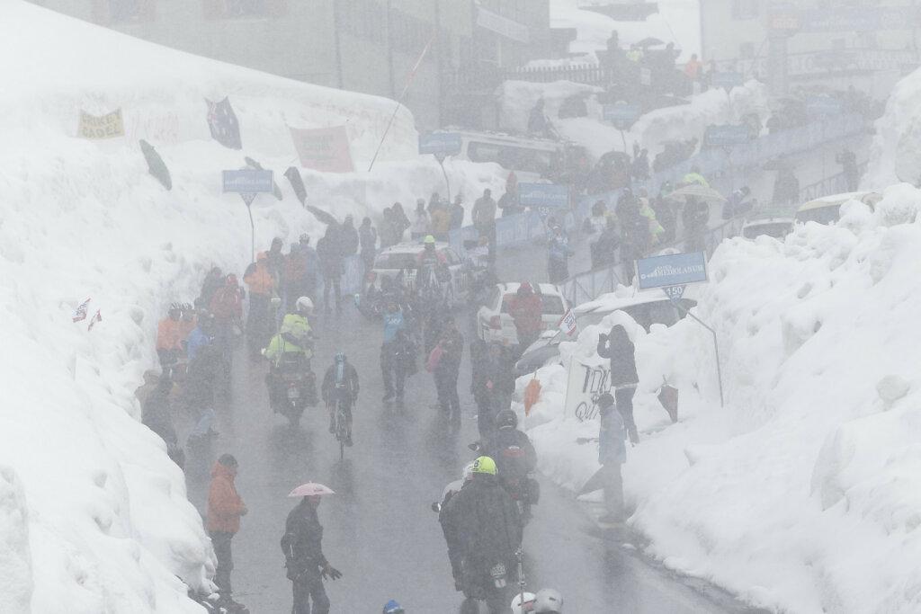 Giro-D-Italia-Stilfser-04272014-0319-DxO.jpg