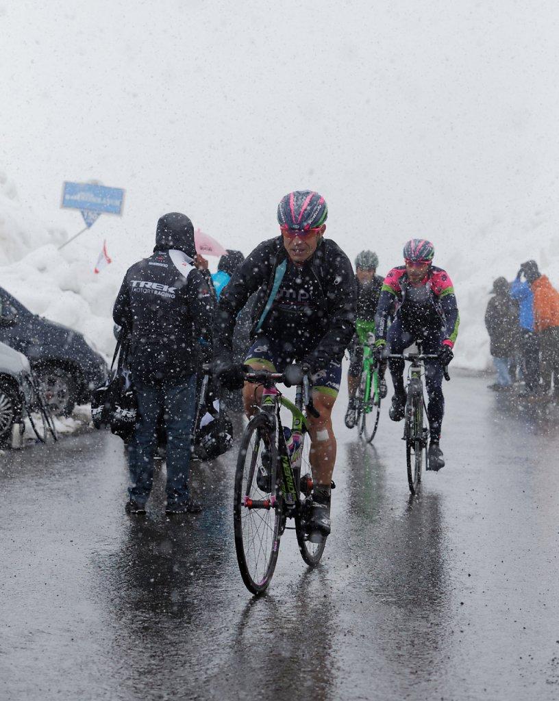 Giro-D-Italia-Stilfser-04272014-0460-DxO.jpg