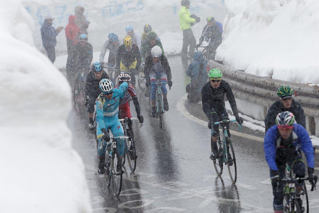 Giro-D-Italia-Stilfser-04272014-0385-DxO.jpg