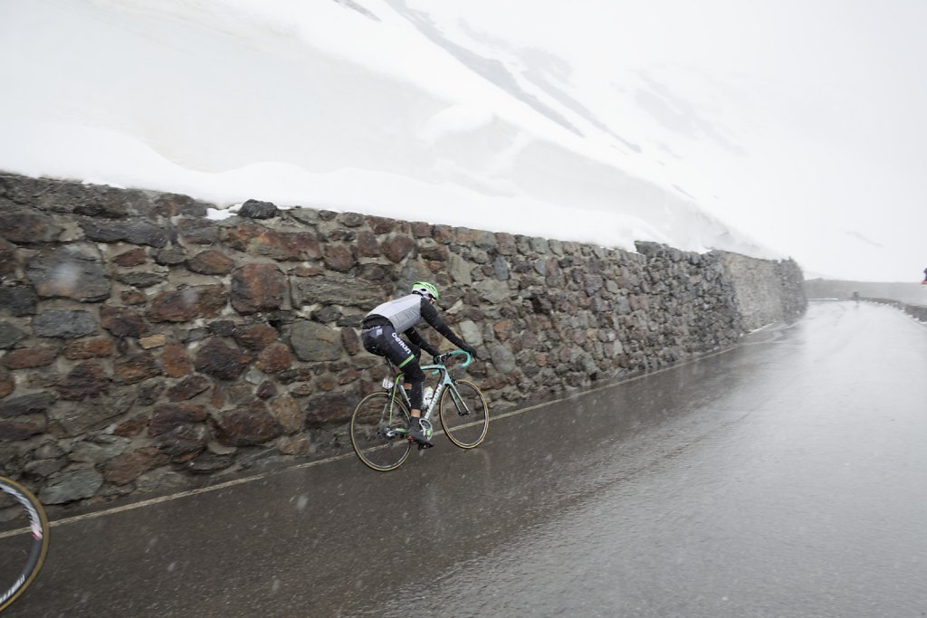 Giro-D-Italia-Stilfser-05272014-0749-DxO.jpg
