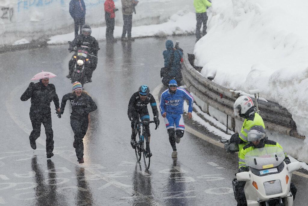 Giro-D-Italia-Stilfser-04272014-0299-DxO.jpg