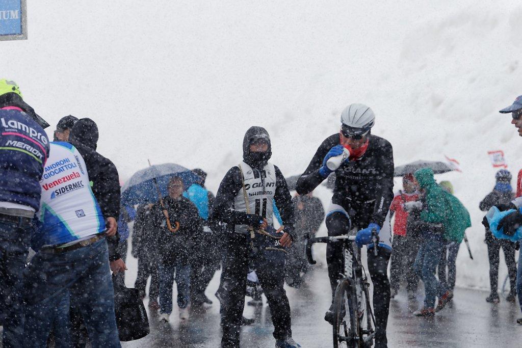 Giro-D-Italia-Stilfser-04272014-0502-DxO.jpg