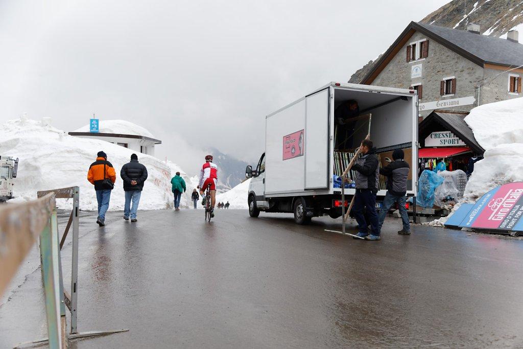 Giro-D-Italia-Stilfser-04272014-0075-DxO.jpg